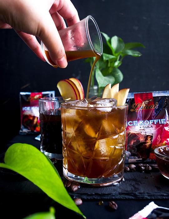 Apple Iced Coffe & Tonic