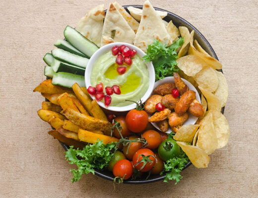 Vegetable Platter with Avocado Sauce
