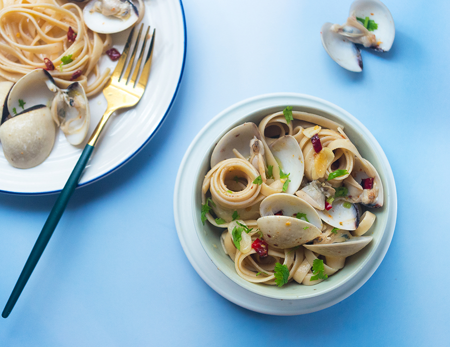 Spicy Lemongrass Clam with Pasta
